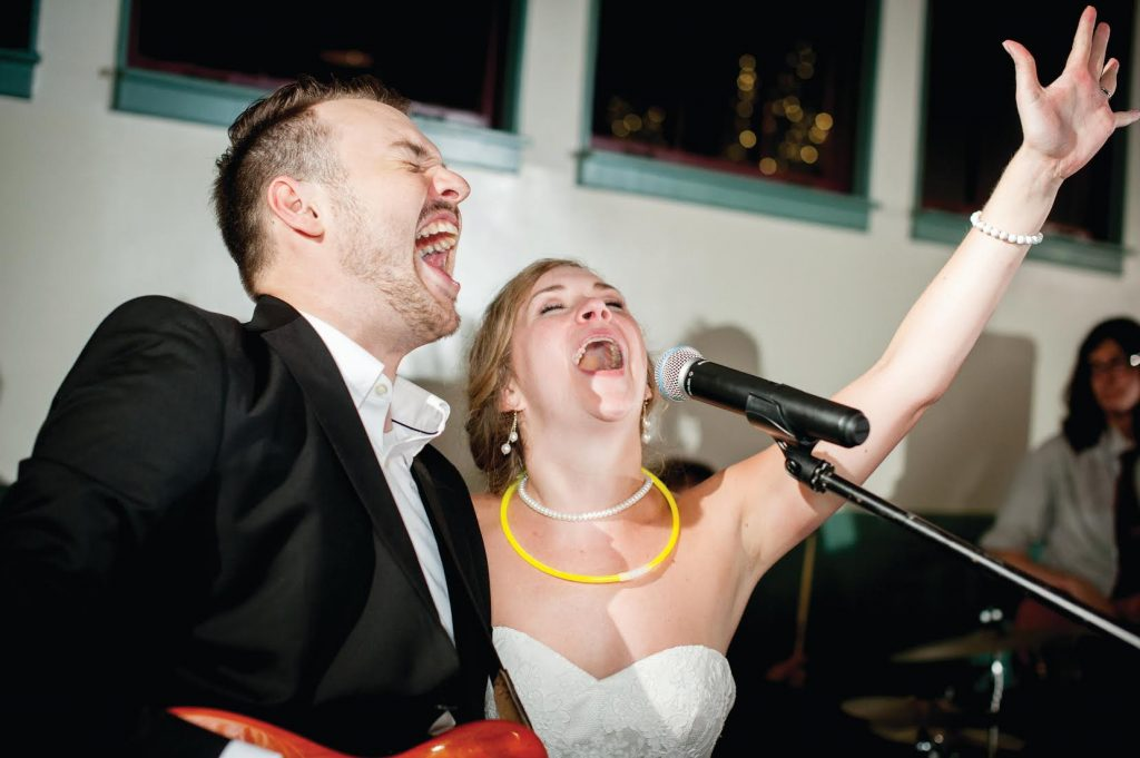 hiring-comedians-for-events